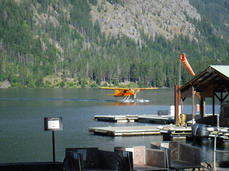 Float plane Traffic - Stehekin