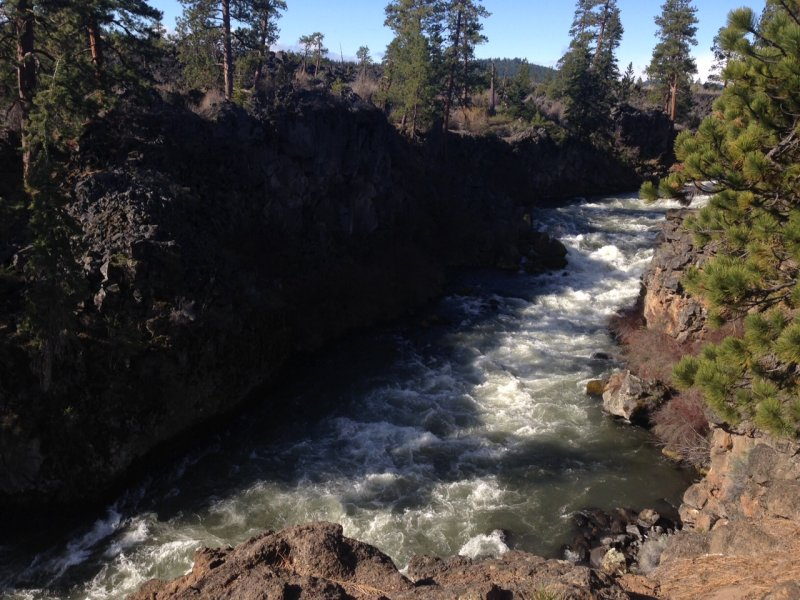 Dillon Falls on the Deschutes River