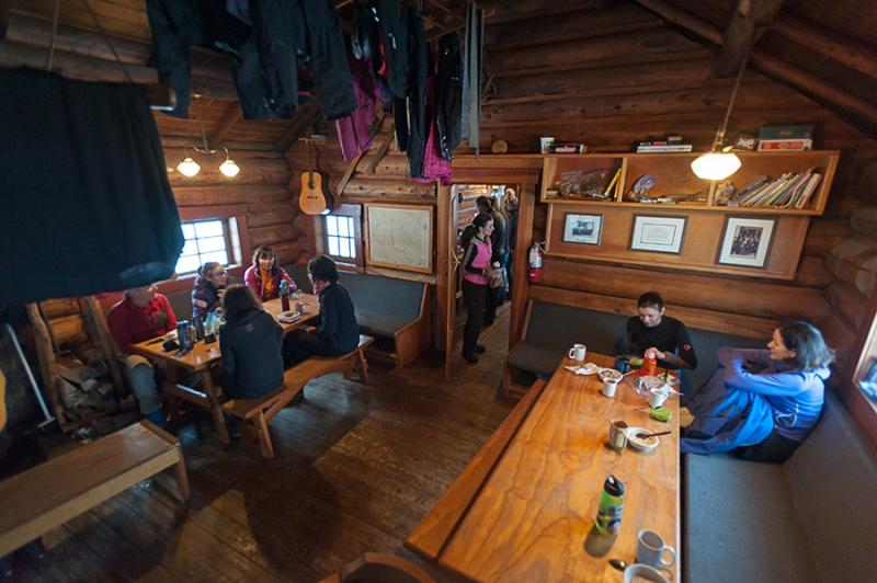 Lake O'Hara hut inside