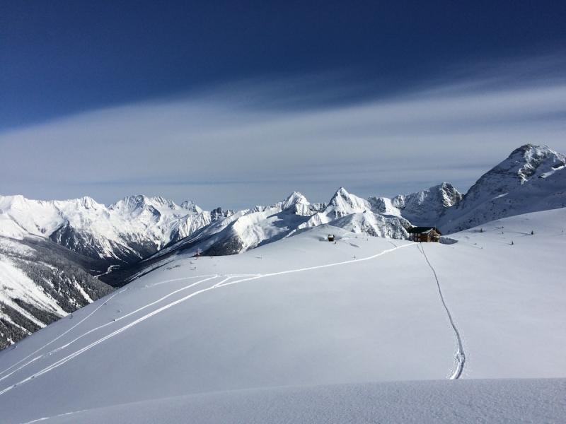 Ski from Asulkan Cabin