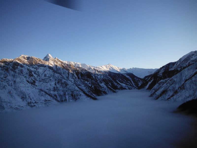 Helicopter flight to Durrand Glacier