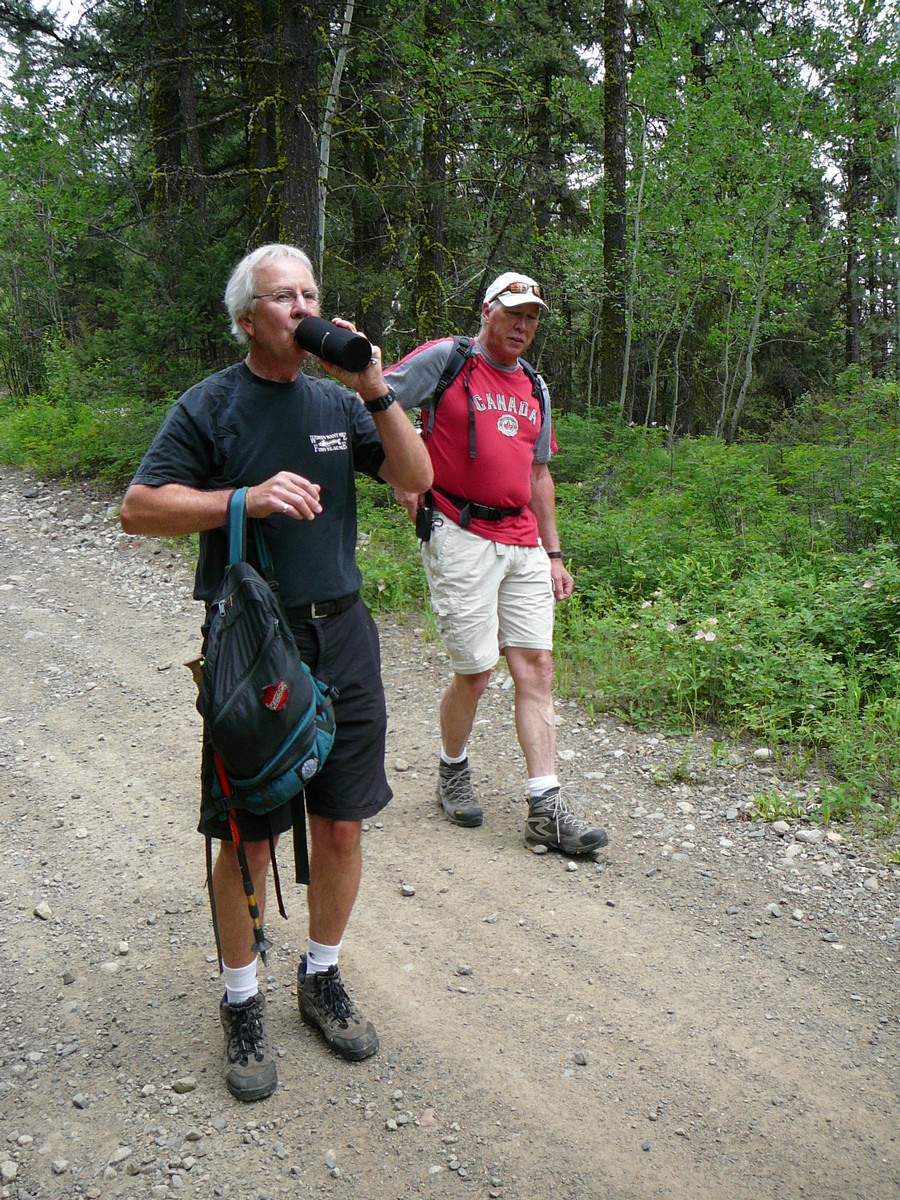 Rick and Tom at the start of the hike