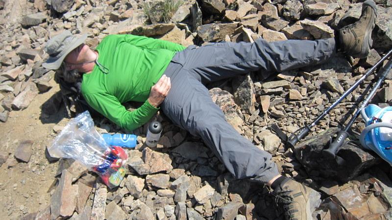 A quick nap at 2408m