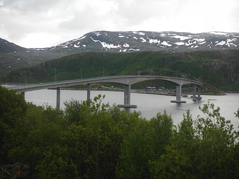 Bridge to Sommaroya