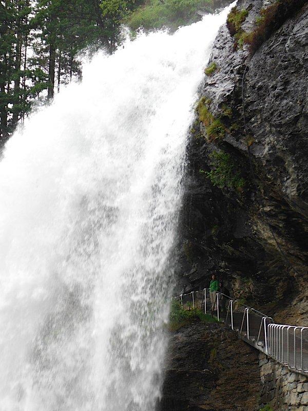 Steinsdalsfossen waterfalls