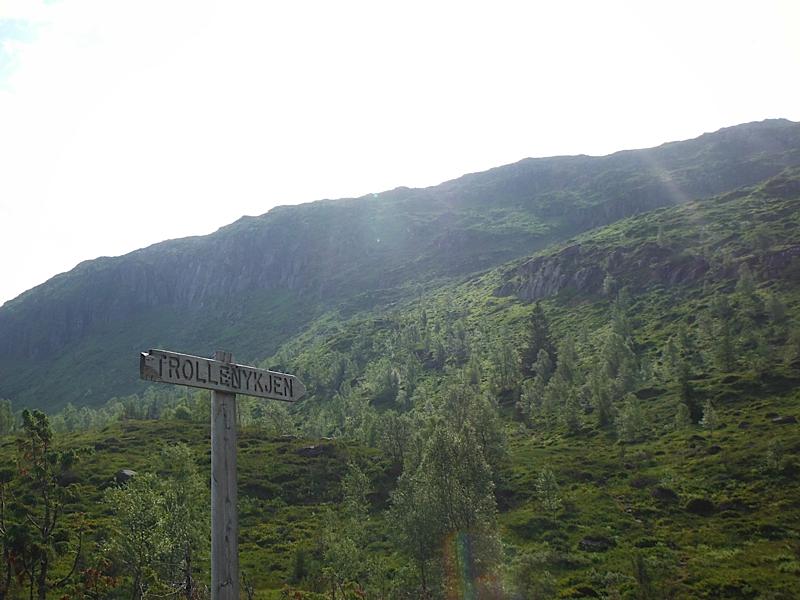 Hike up Trollenykjen from Nordfjordeid