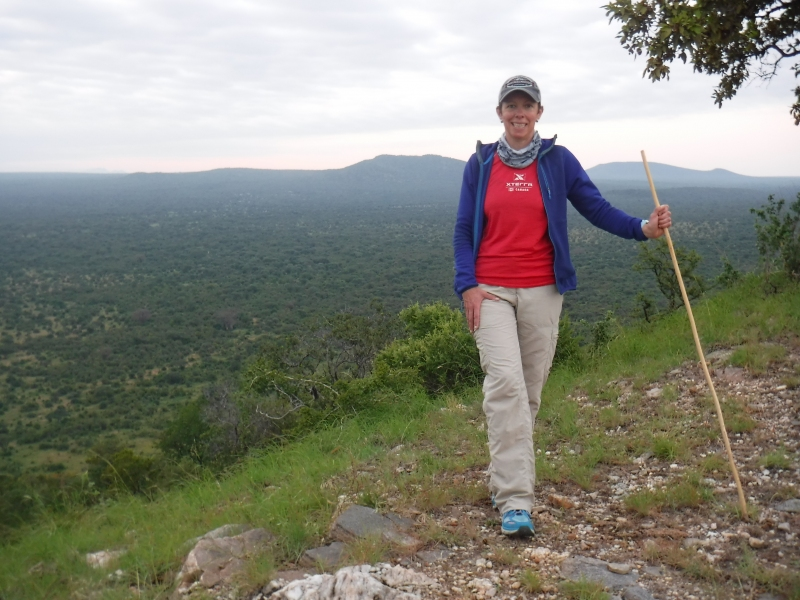 Early morning hike from Sangaiwe Lodge